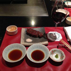 1月最初の会議が終了しました!!会議後はステーキをいただきました。