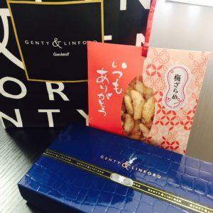 ハッピーバレンタイン♪ 日頃の感謝の気持ちを込めて、社長、営業さんへお渡ししました(*^_^*)