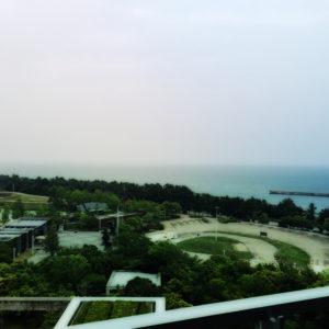 先日は淡路島にて会議がありました。ホテルの部屋からの景色です。景色がキレイで食べ物も美味しくて淡路島とても素敵でした♪