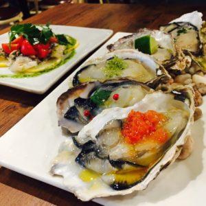 草津にある牡蠣のお店に行ってきました🍷✨ いろんな味付けがあってとても美味しかったです♡